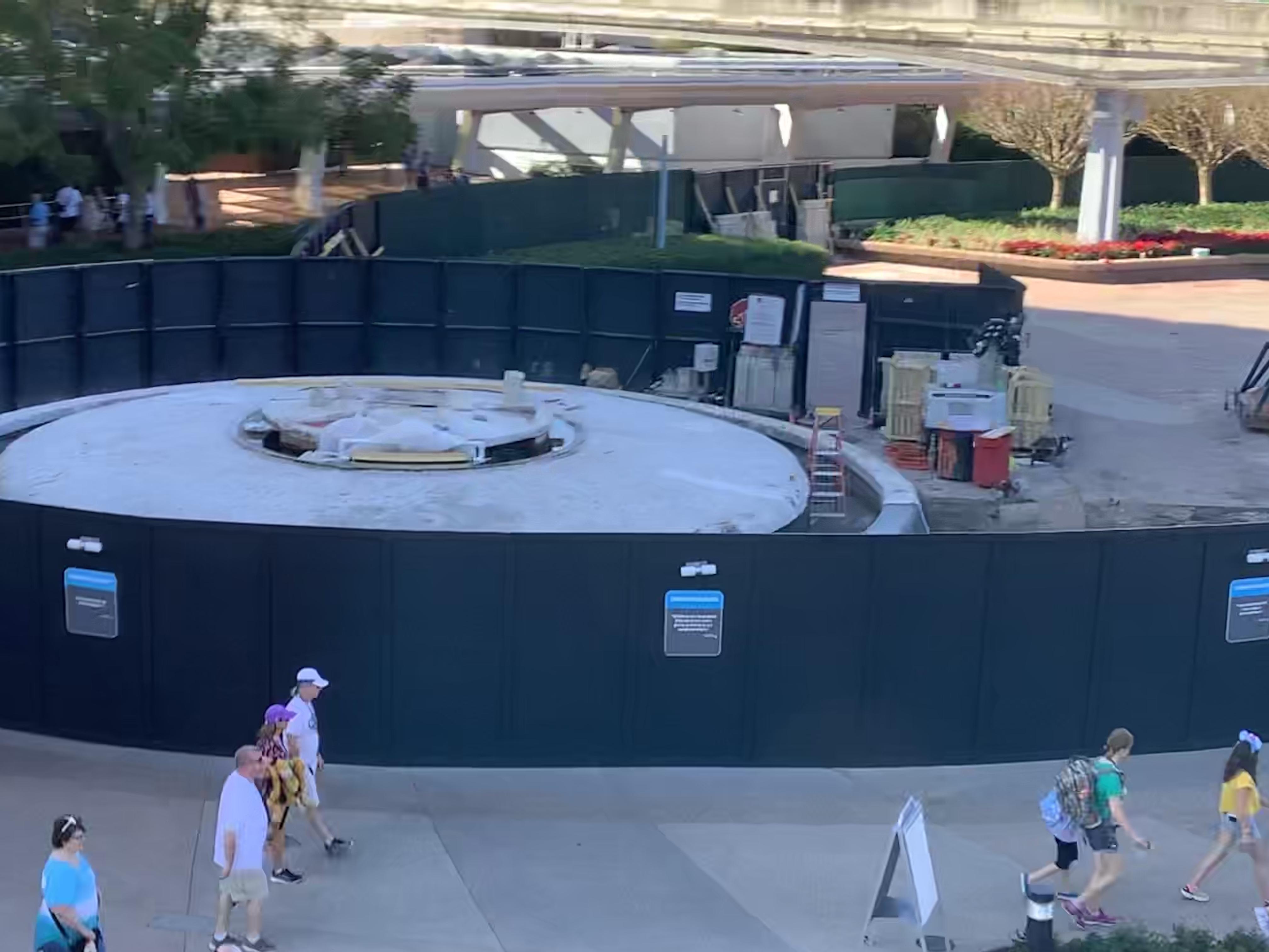EPCOT entry fountain 1/13/20 10