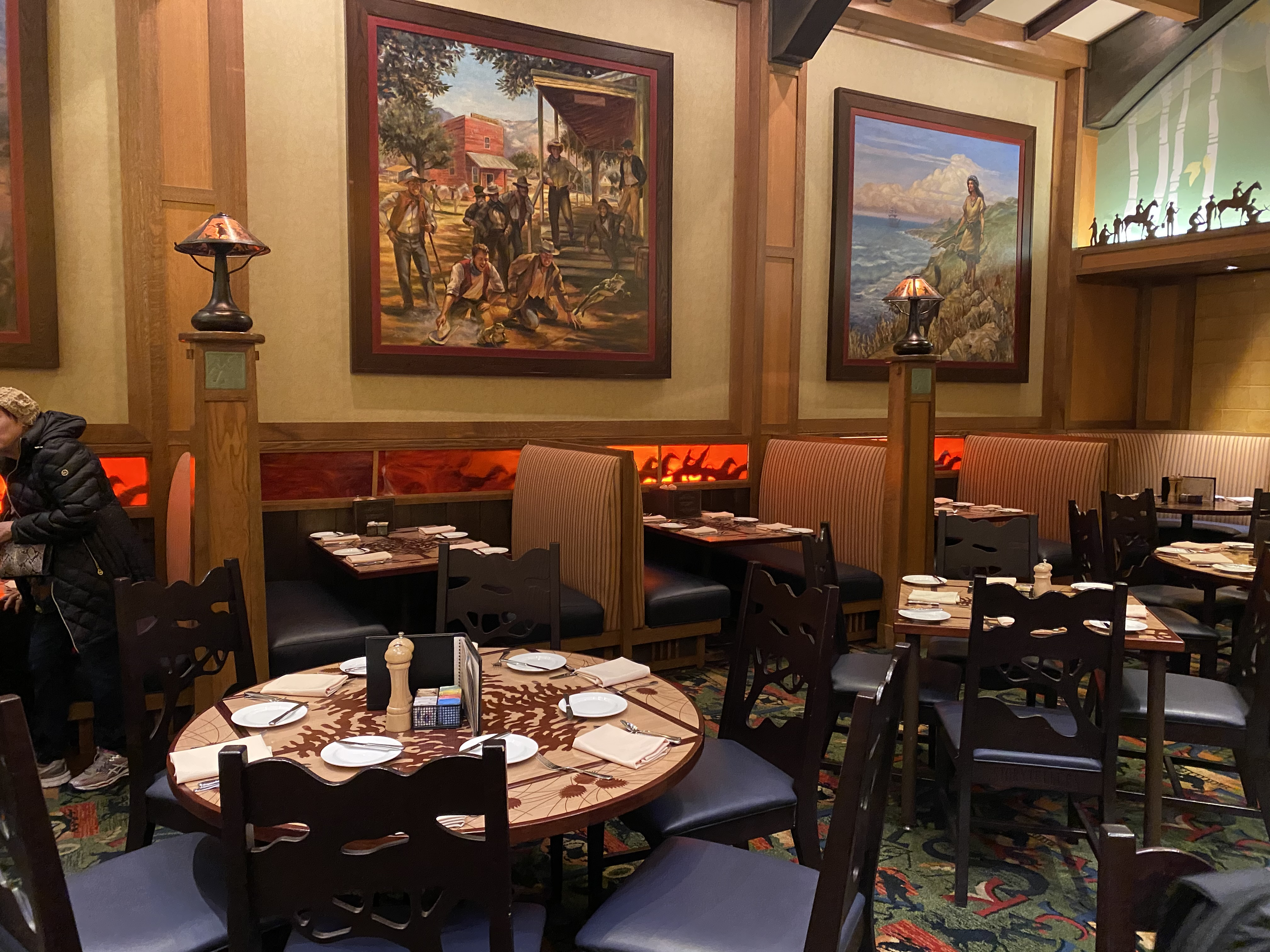 Storytellers cafe dining package WOC