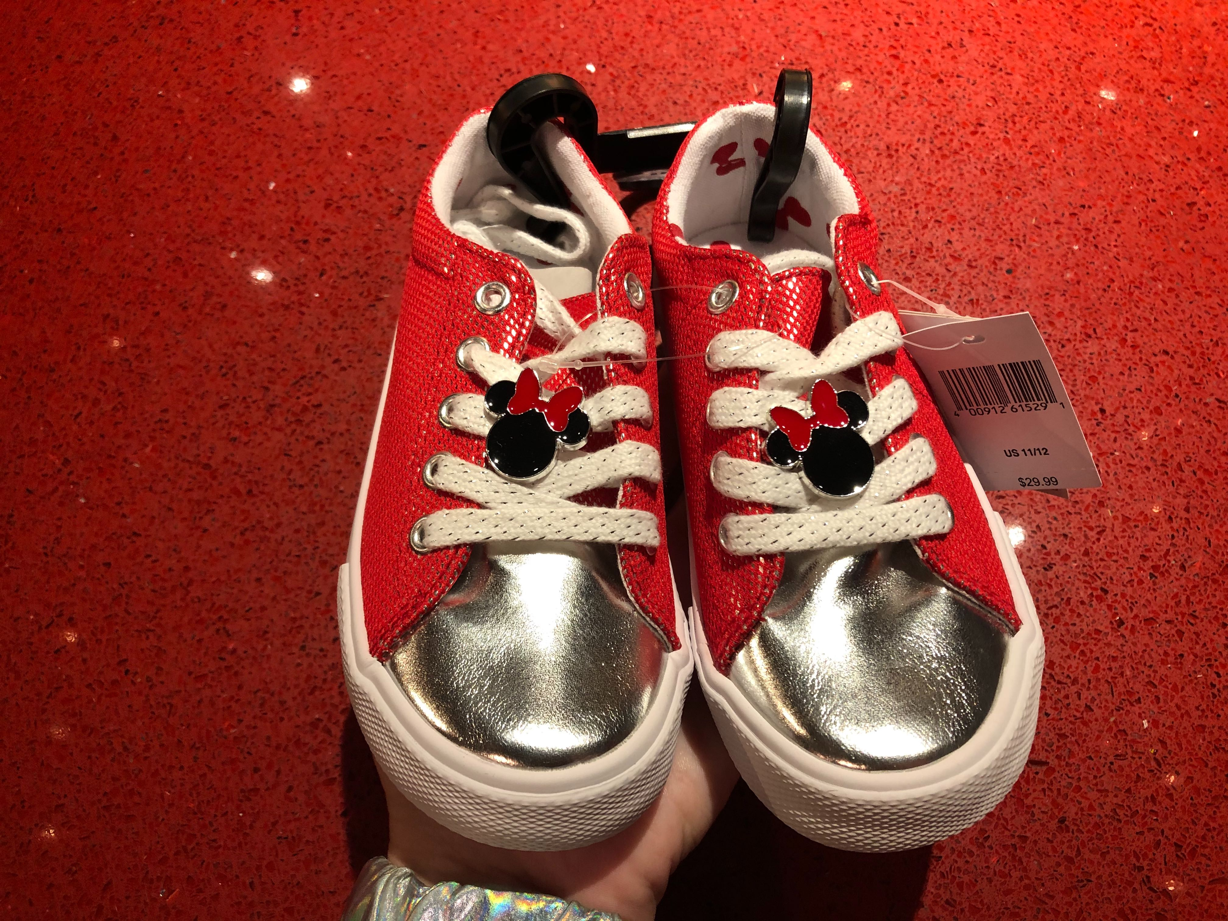 minnie mouse children's shoes and shoelace charms