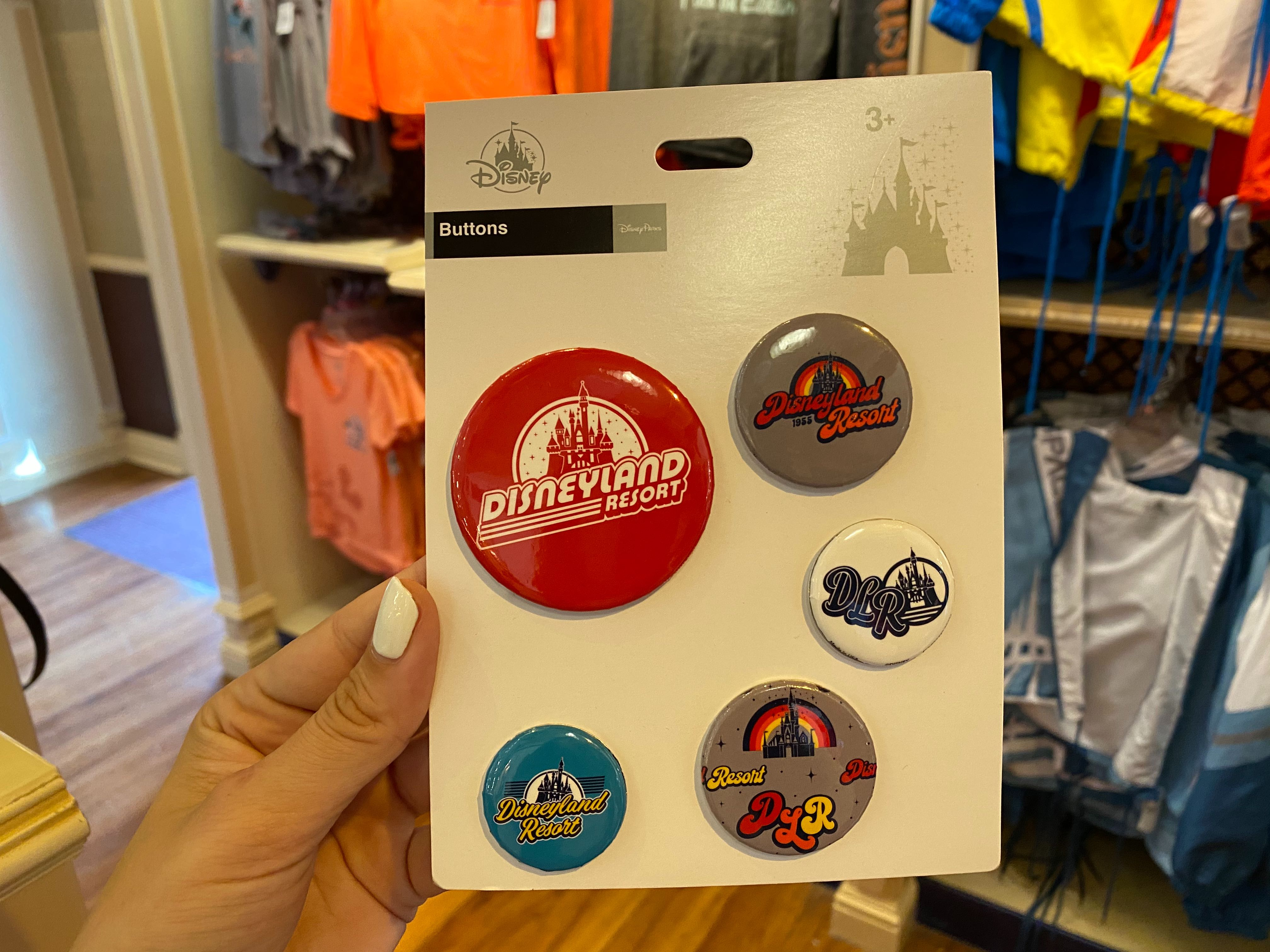 pins-and-shoelace-charms-disneyland-01-30-2020-2.jpg