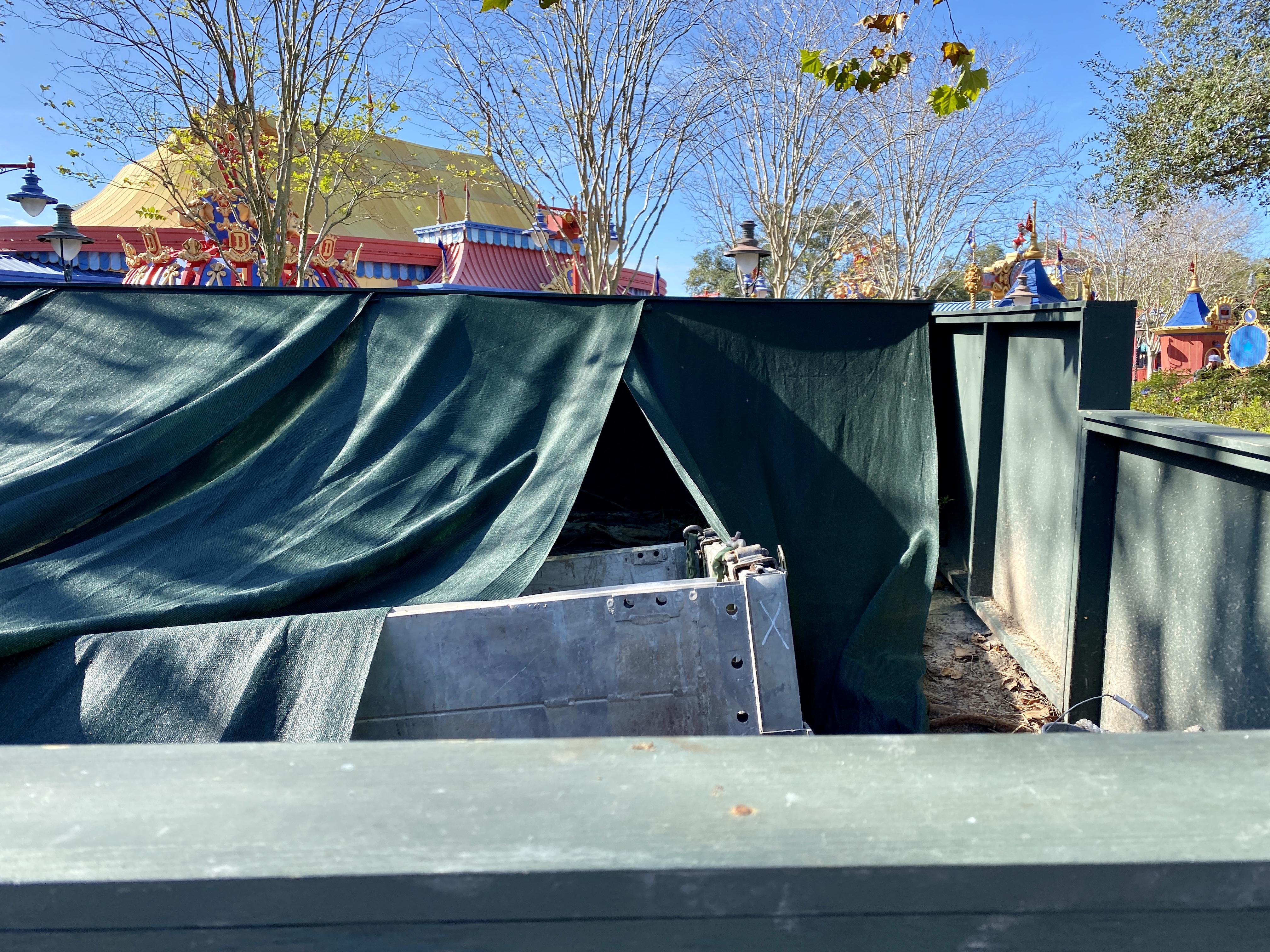 Storybook circus construction box