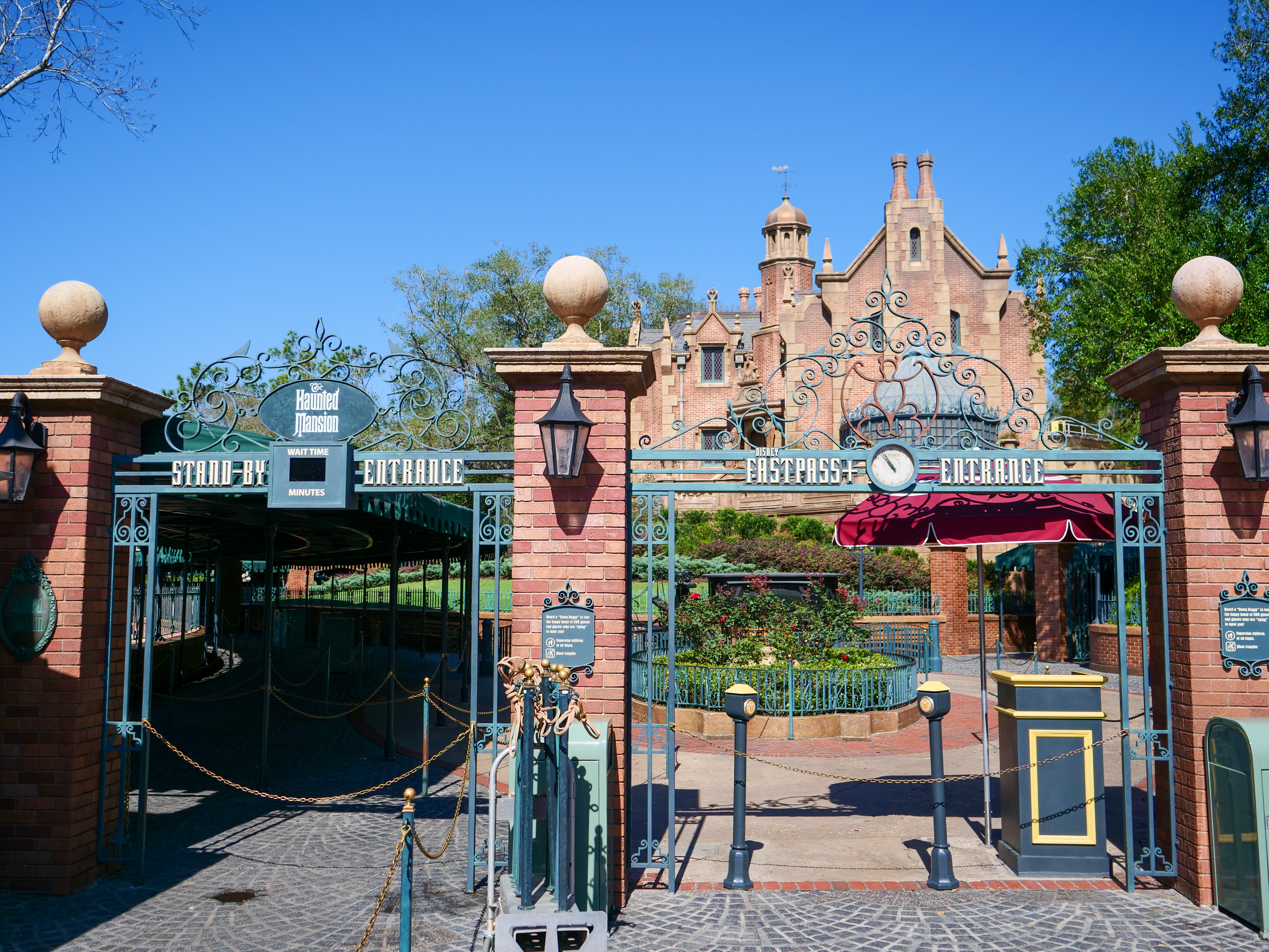 Haunted Mansion Delayed Opening