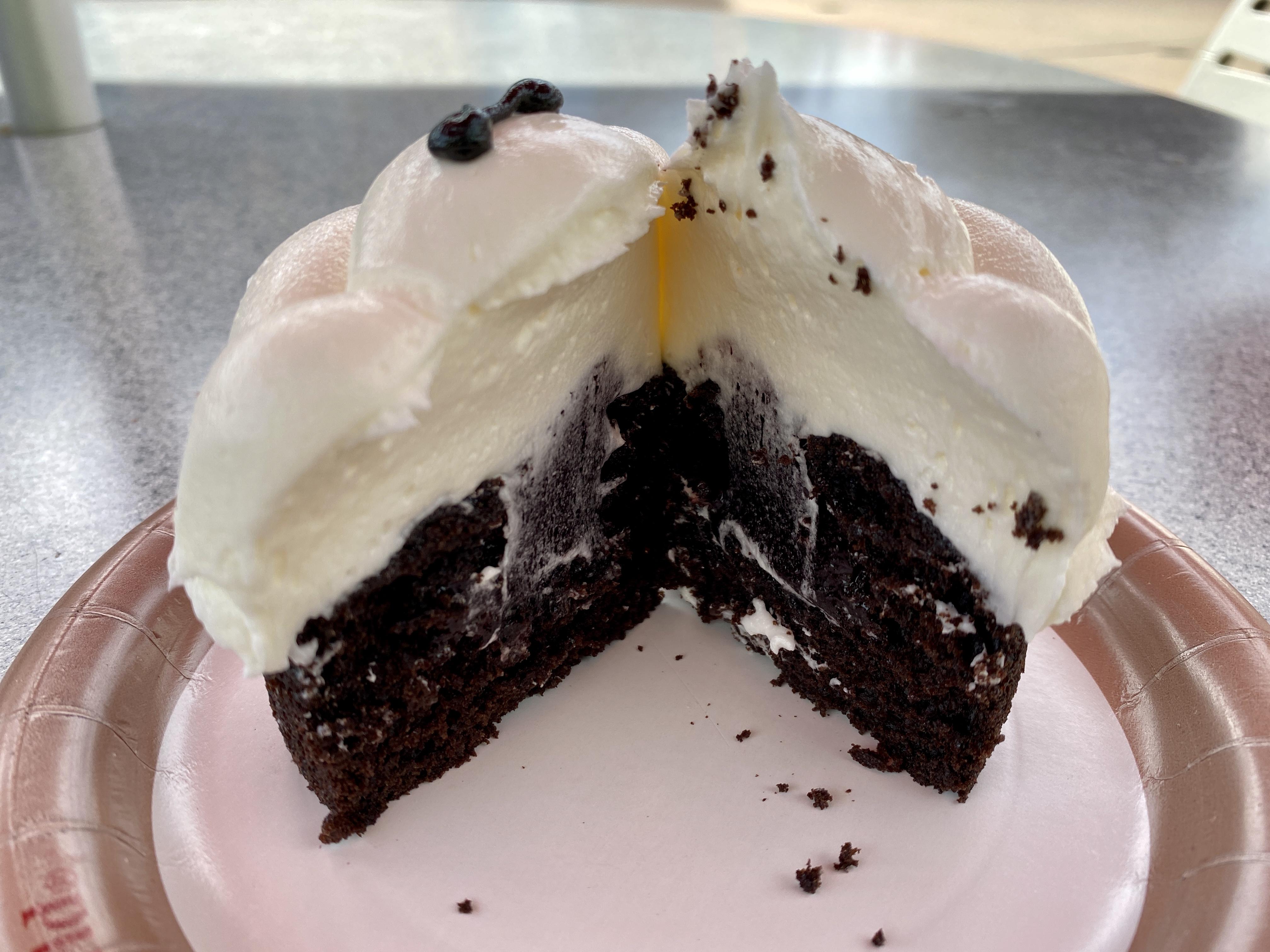 Baymax cupcake