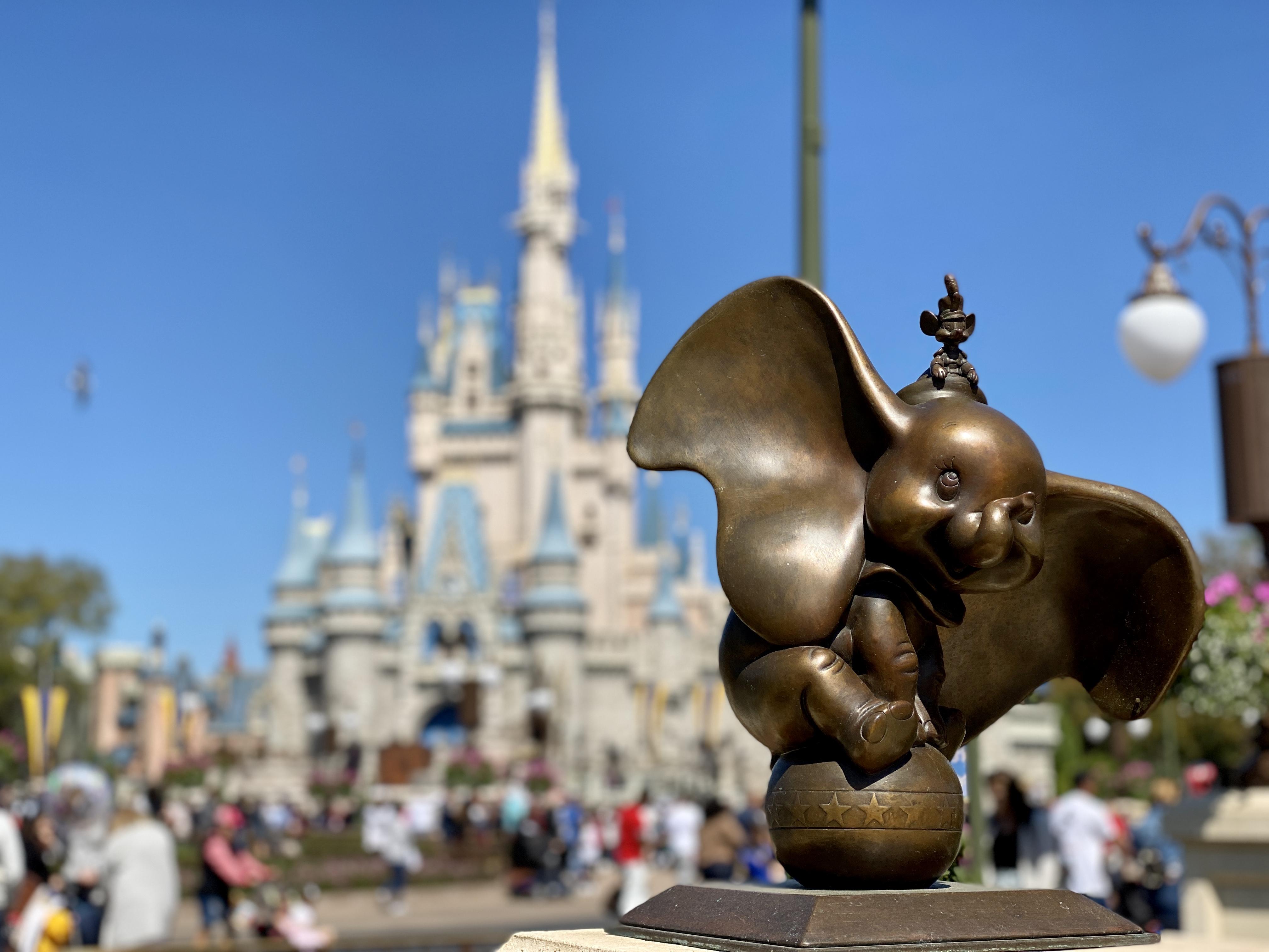 Cinderella castle dumbo