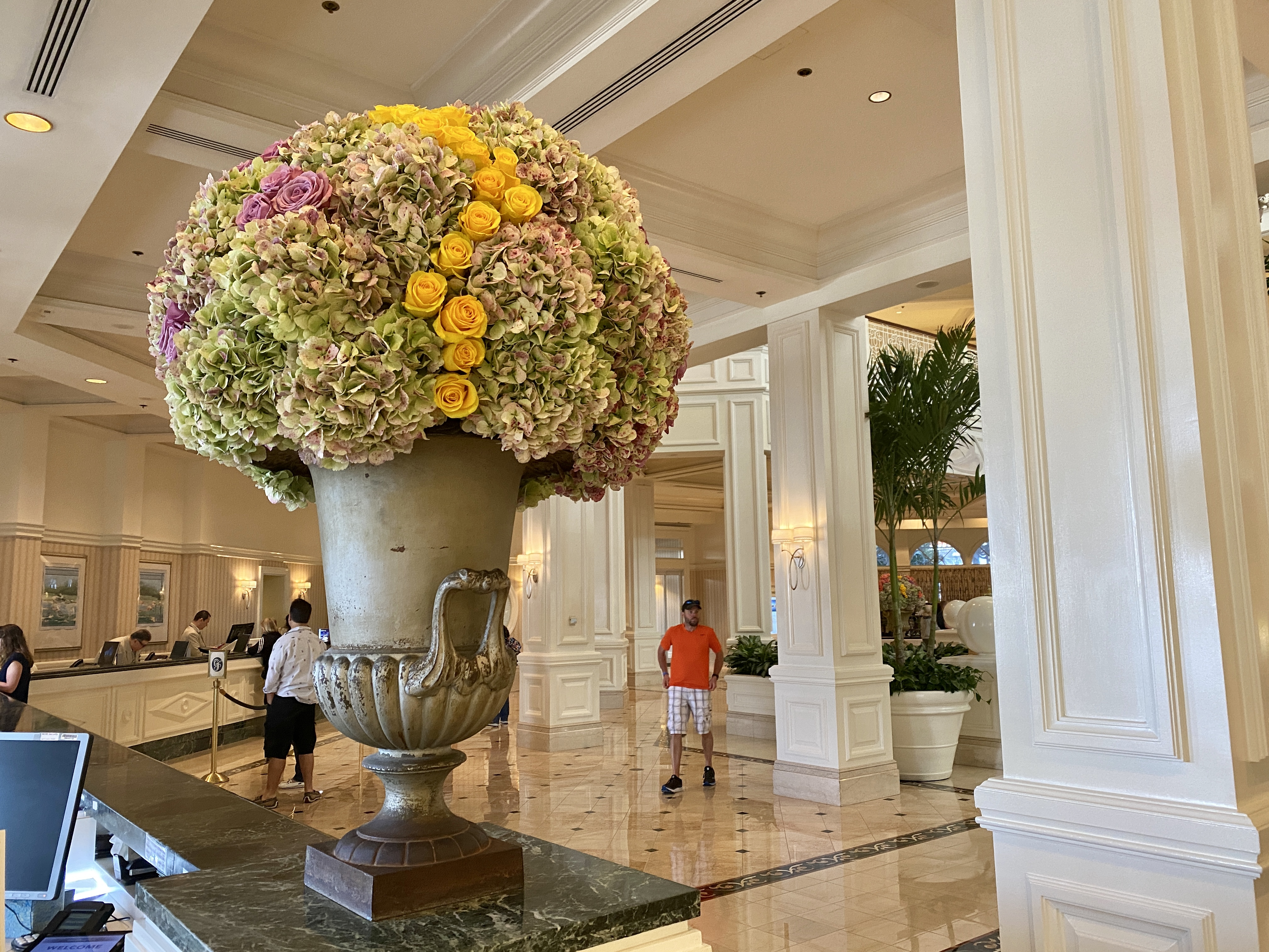 Grand floridian flowers