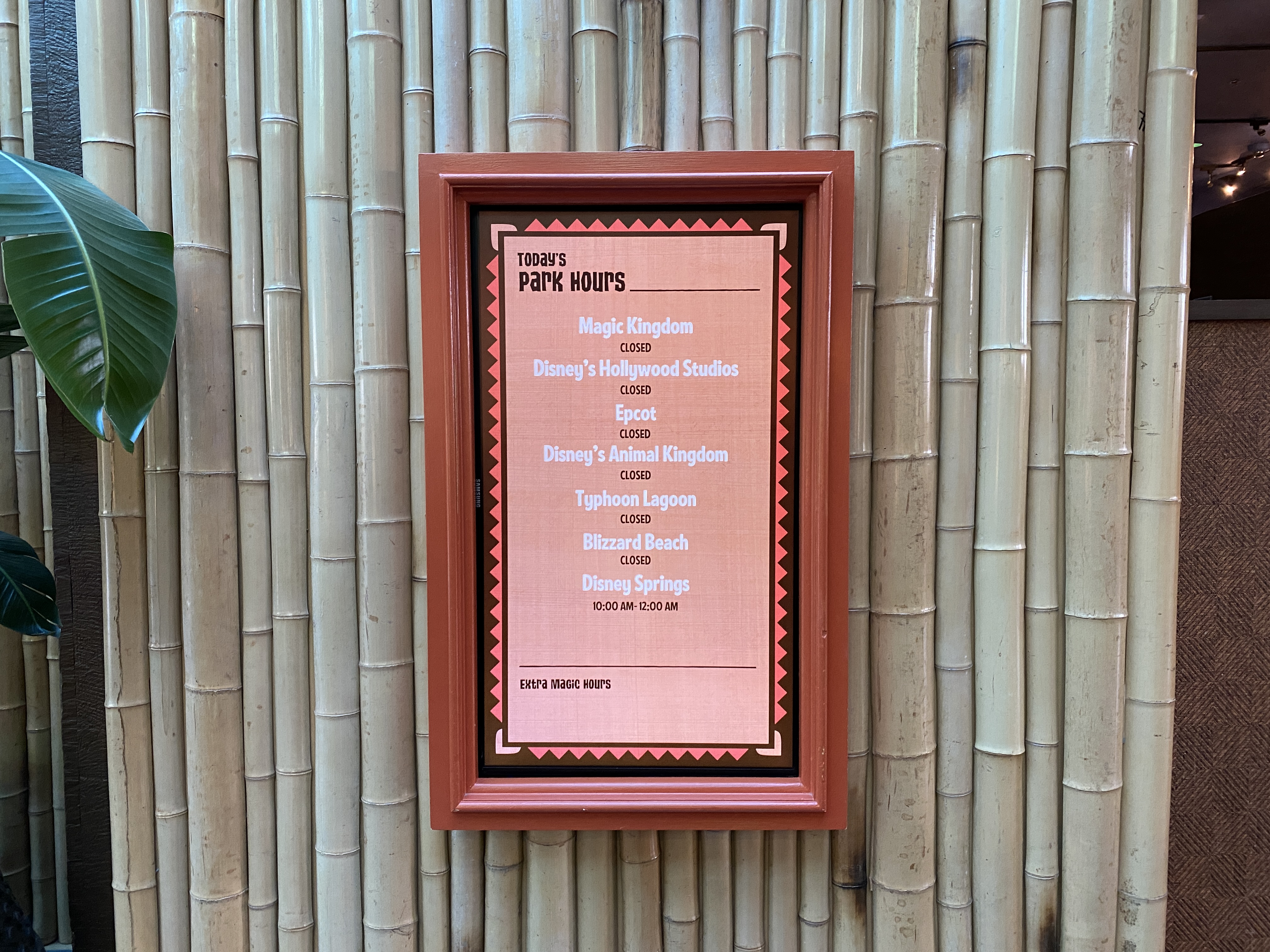 Park hours Polynesian sign