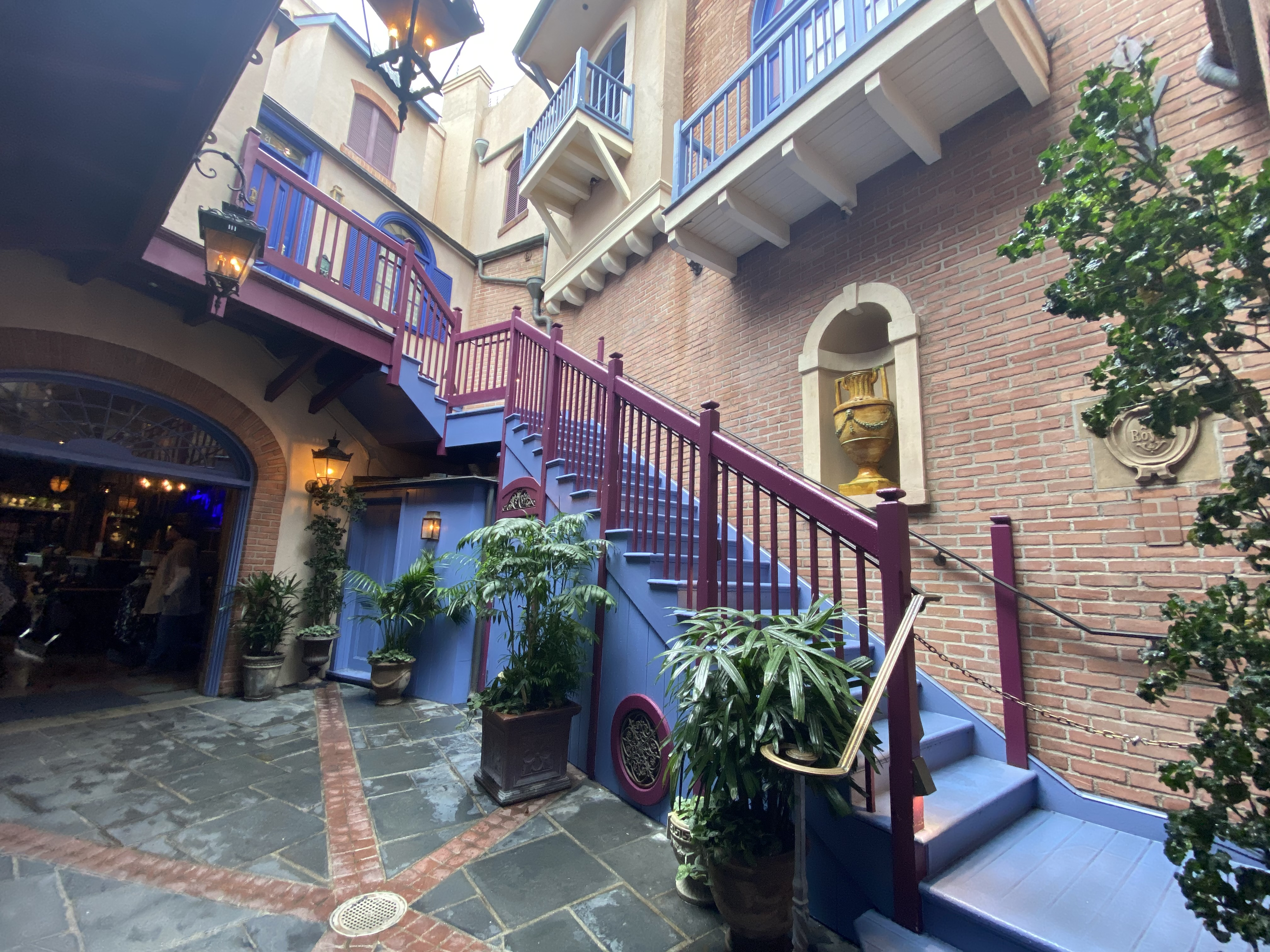 new orleans square DL