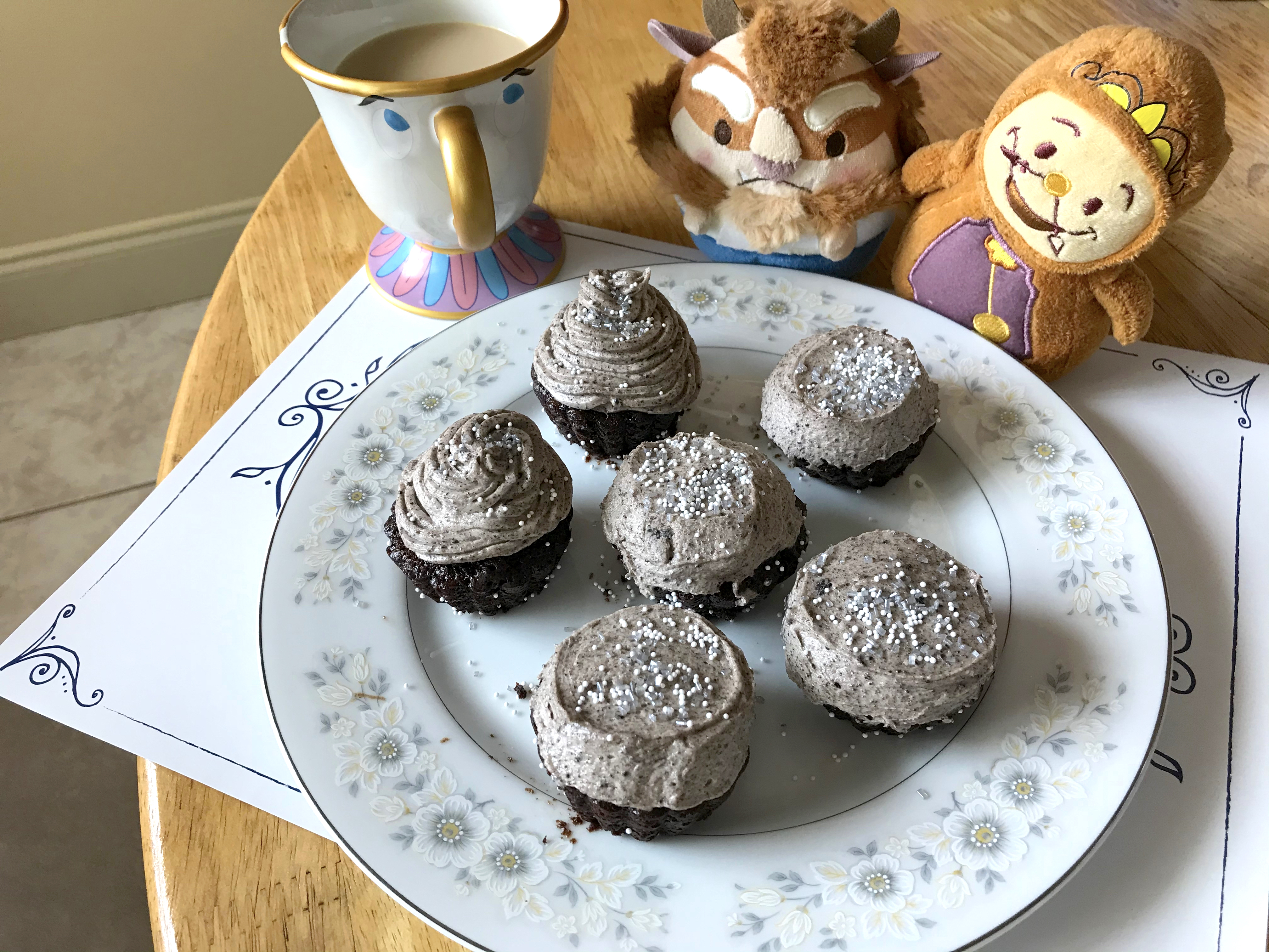 Recipe Try The Grey Stuff It S Delicious With This Disney Parks Inspired Cupcake And Mini Cake Recipe Wdw News Today