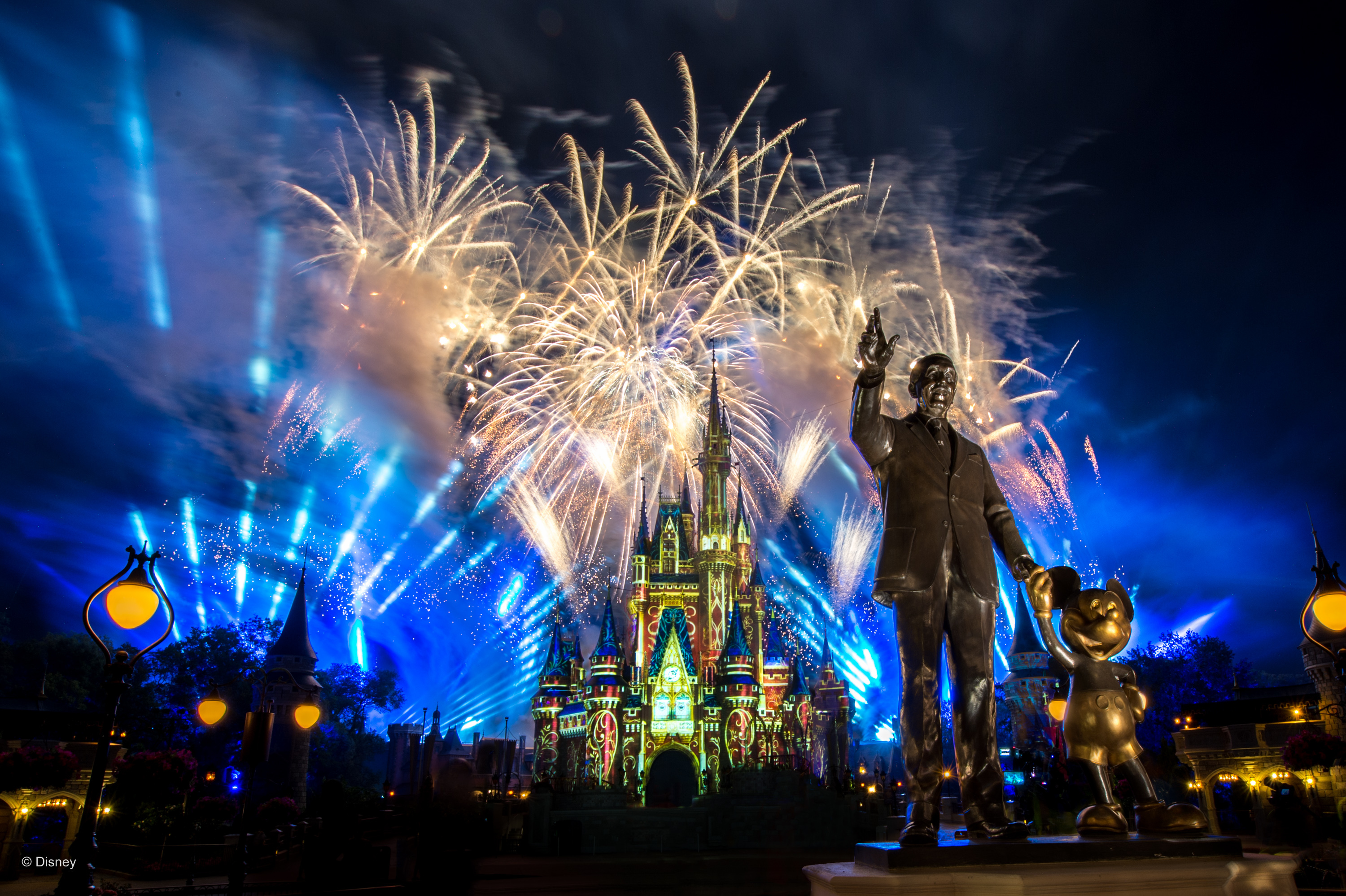 Disney Photopass Releases Free Happily Ever After Mobile And Desktop Wallpapers Available For Download Through June 8 Wdw News Today