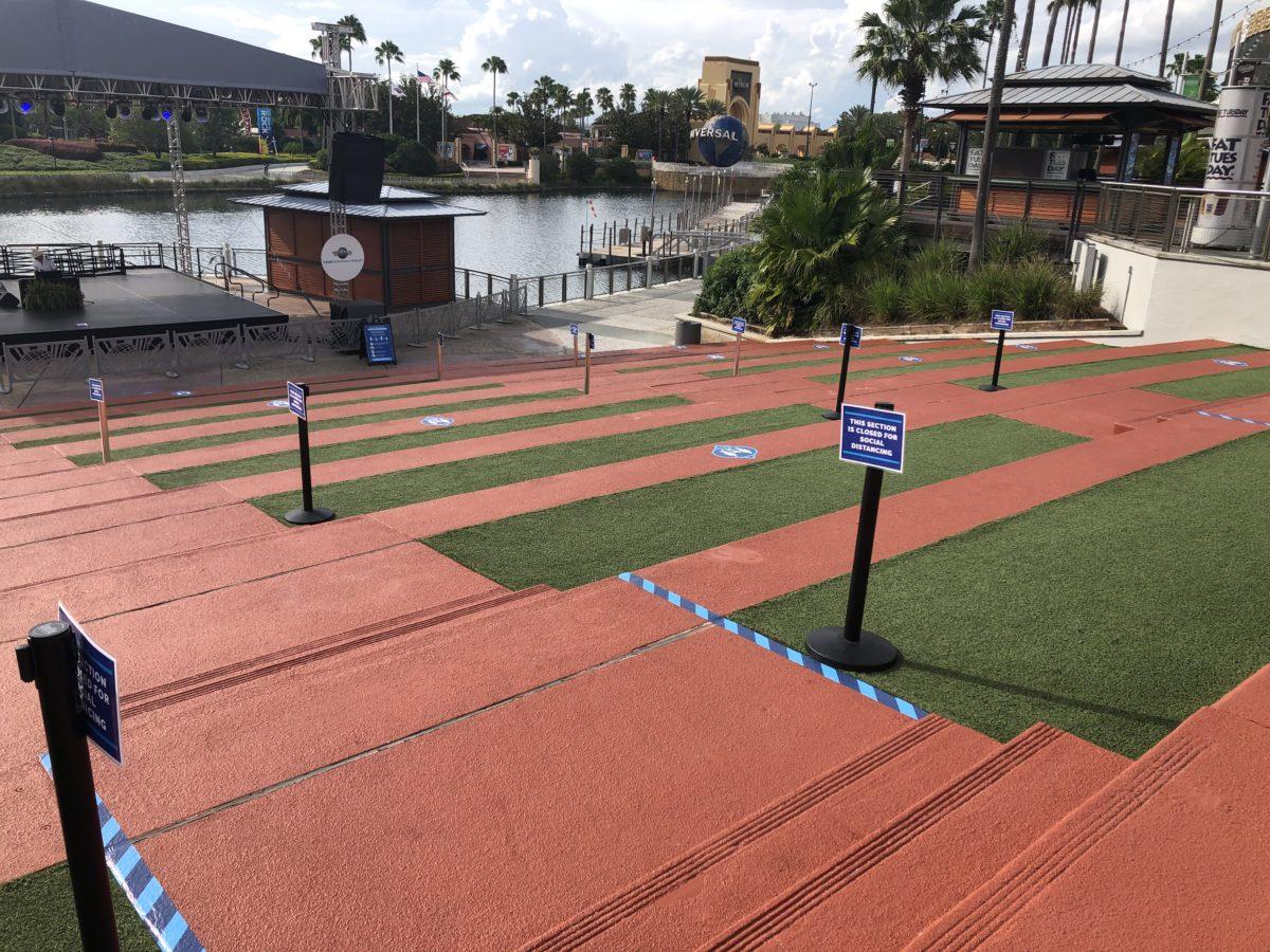 Social Distancing Grass at CityWalk