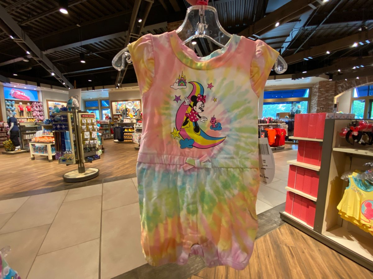 minnie rainbow youth collection
