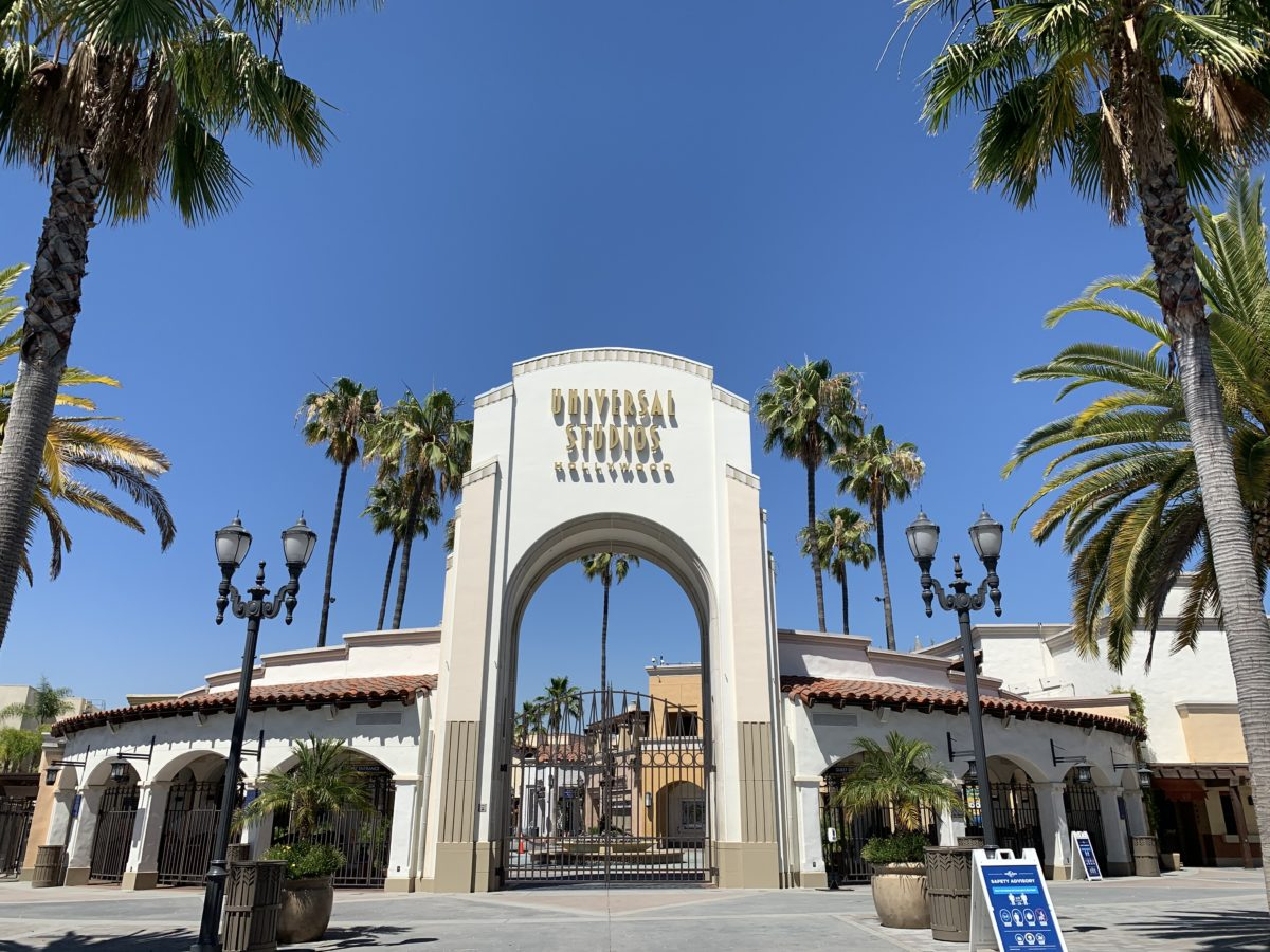Universal Studios Hollywood gate