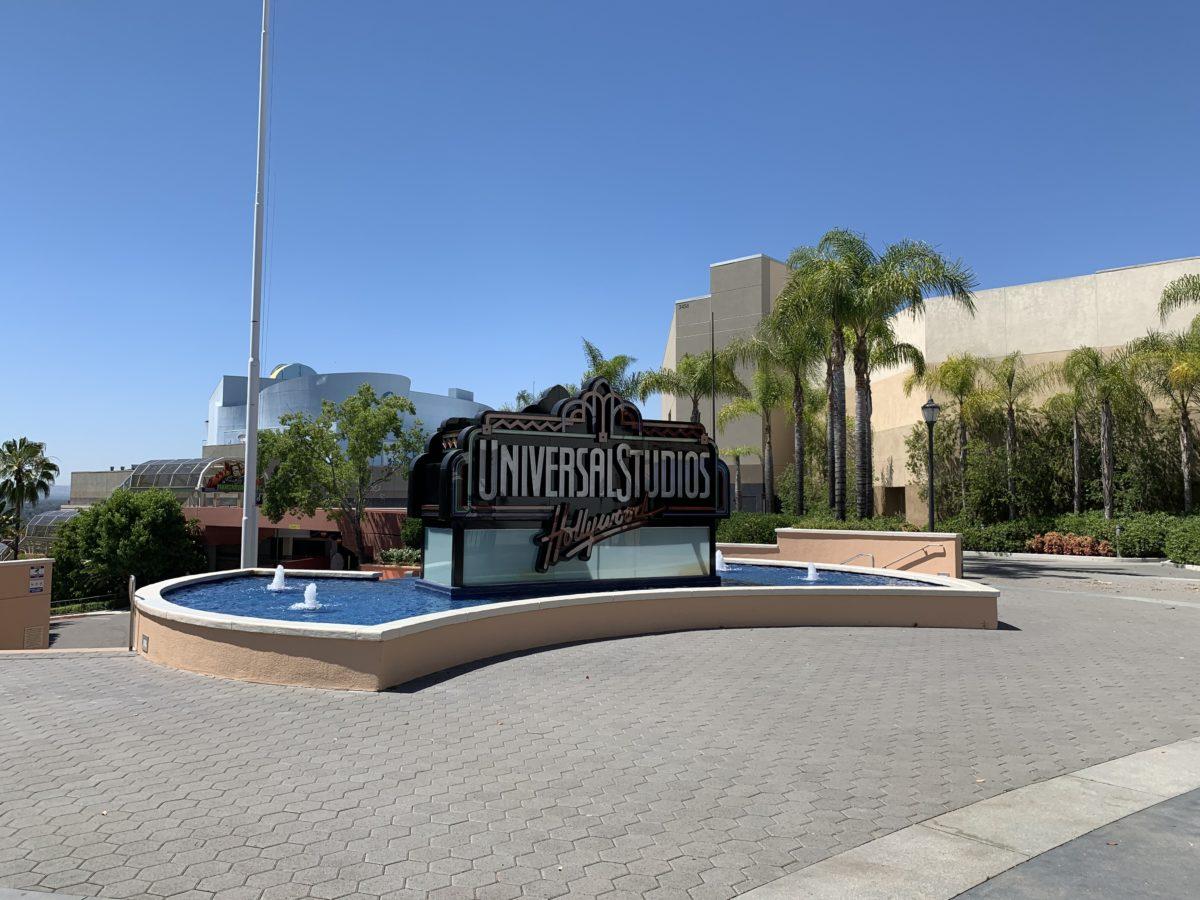 Universal Studios Hollywood gate