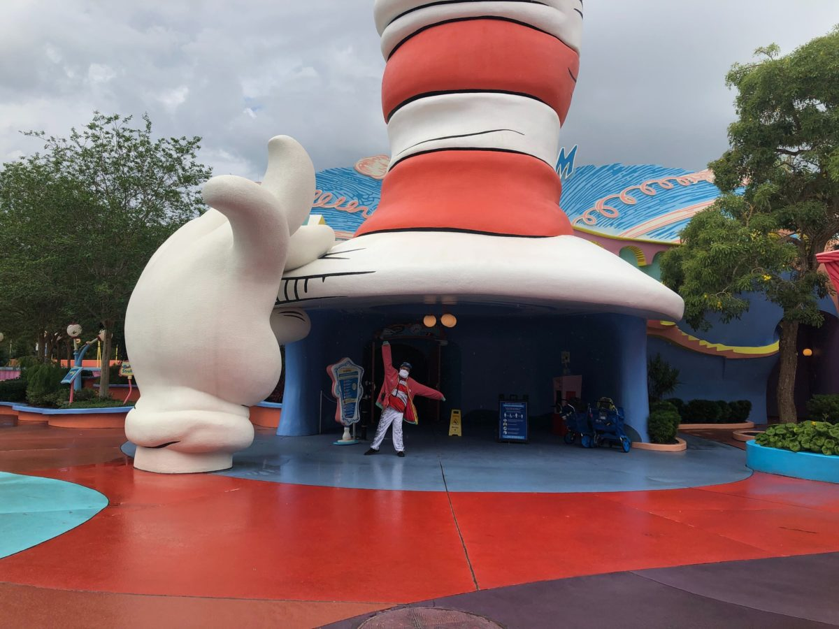 Cat in the Hat entrance Islands of Adventure