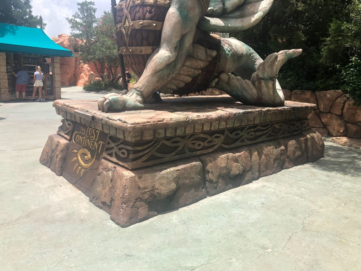 griffin repaint lost continent islands of adventure