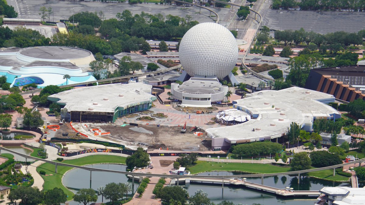 wdwnt.com - PHOTOS: EPCOT Aerial Construction Update (Entrance Fountain, Innoventions, MouseGear)