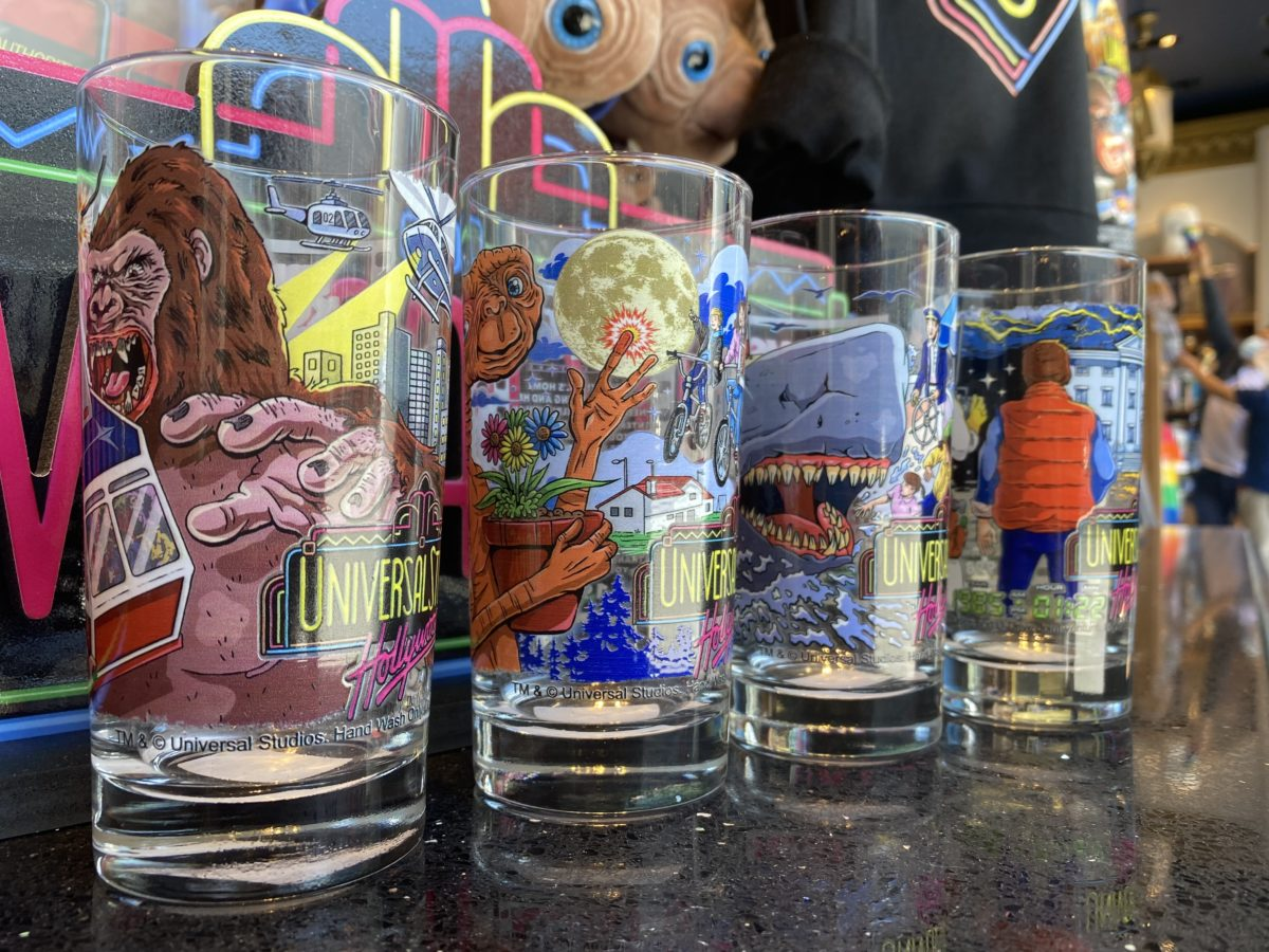 Attraction Universal Cups