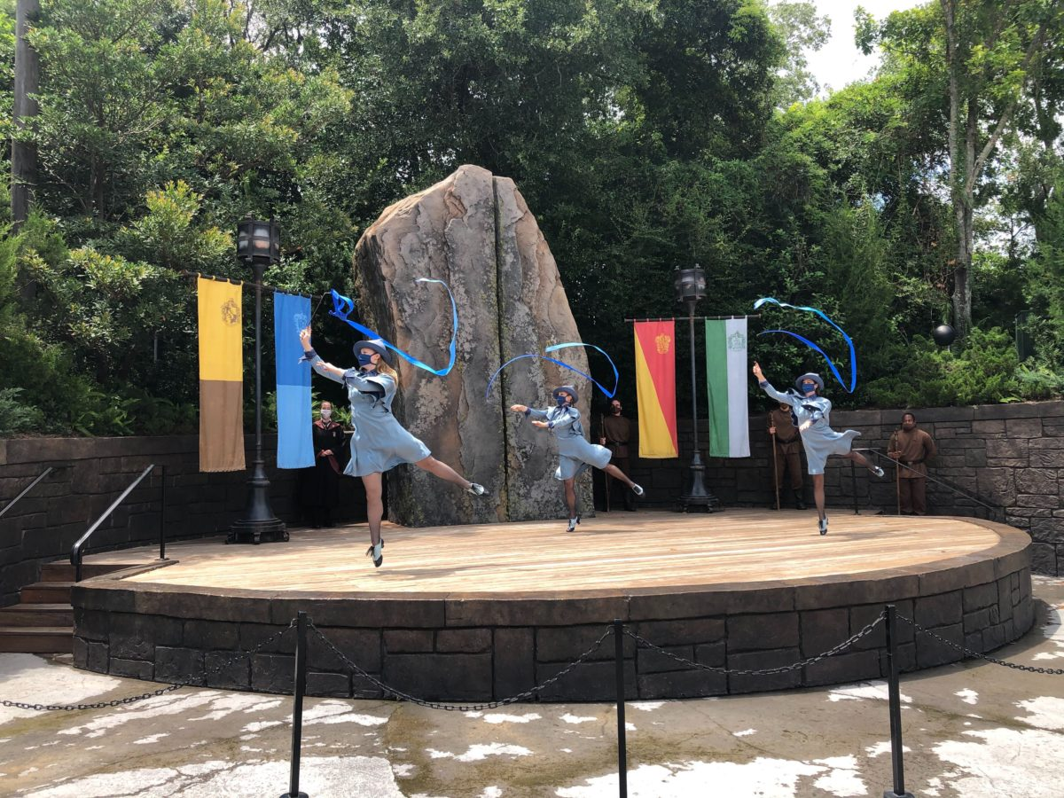 Beauxbatons Triwizard Spirit Rally Hogsmeade Universal Orlando Islands of Adventure