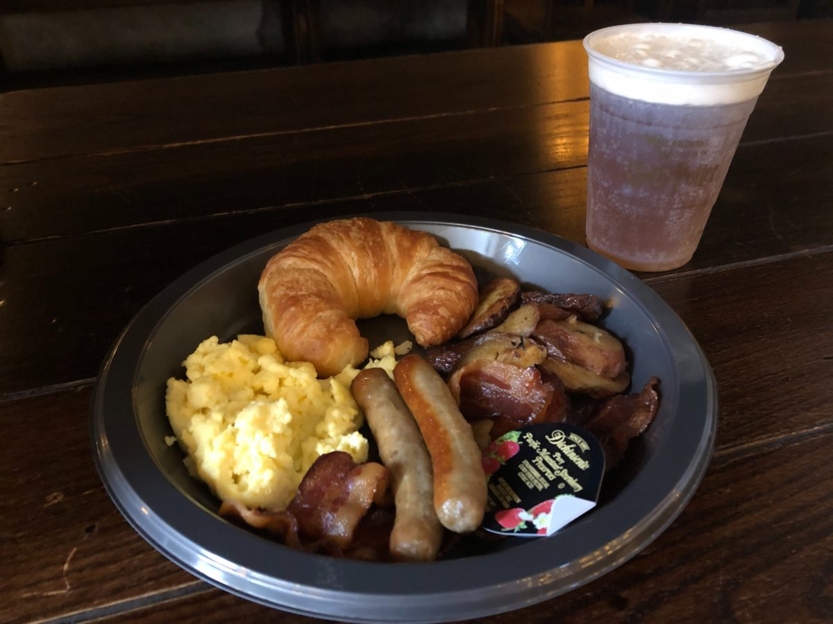 American Breakfast Platter with Butterbeer Diagon Alley Leaky Cauldron Universal Studios Florida
