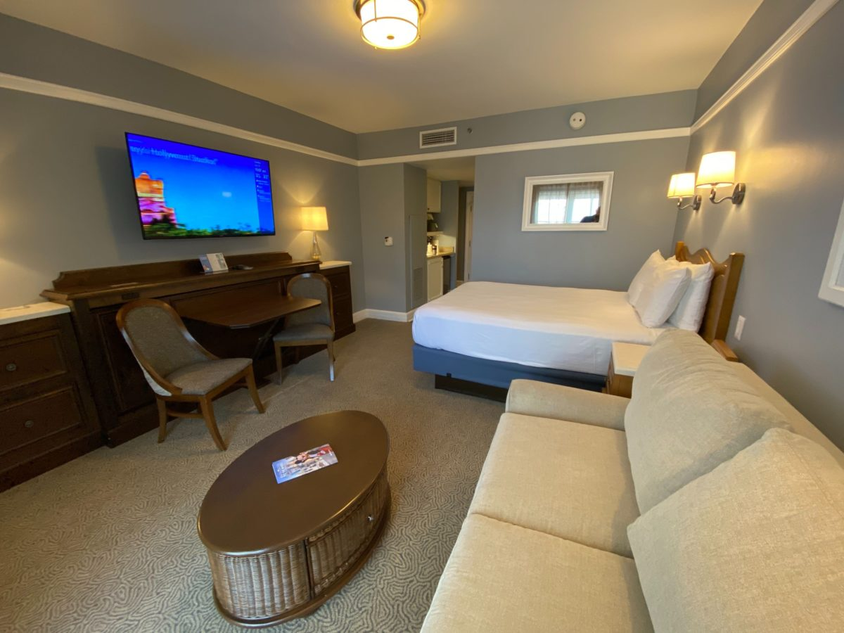 Photos Tour A Deluxe Studio Villa Room At The Newly Reopened Disney S Beach Club Villas Wdw News Today
