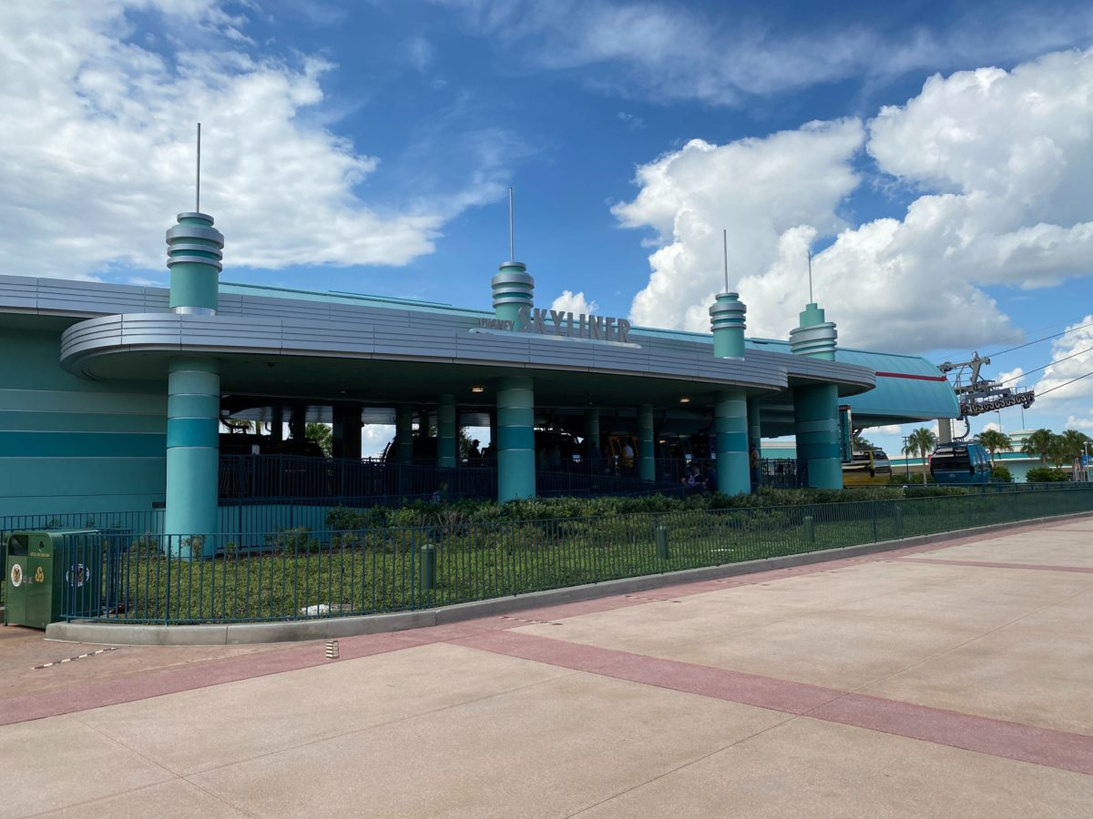 hollywood studio skyliner station
