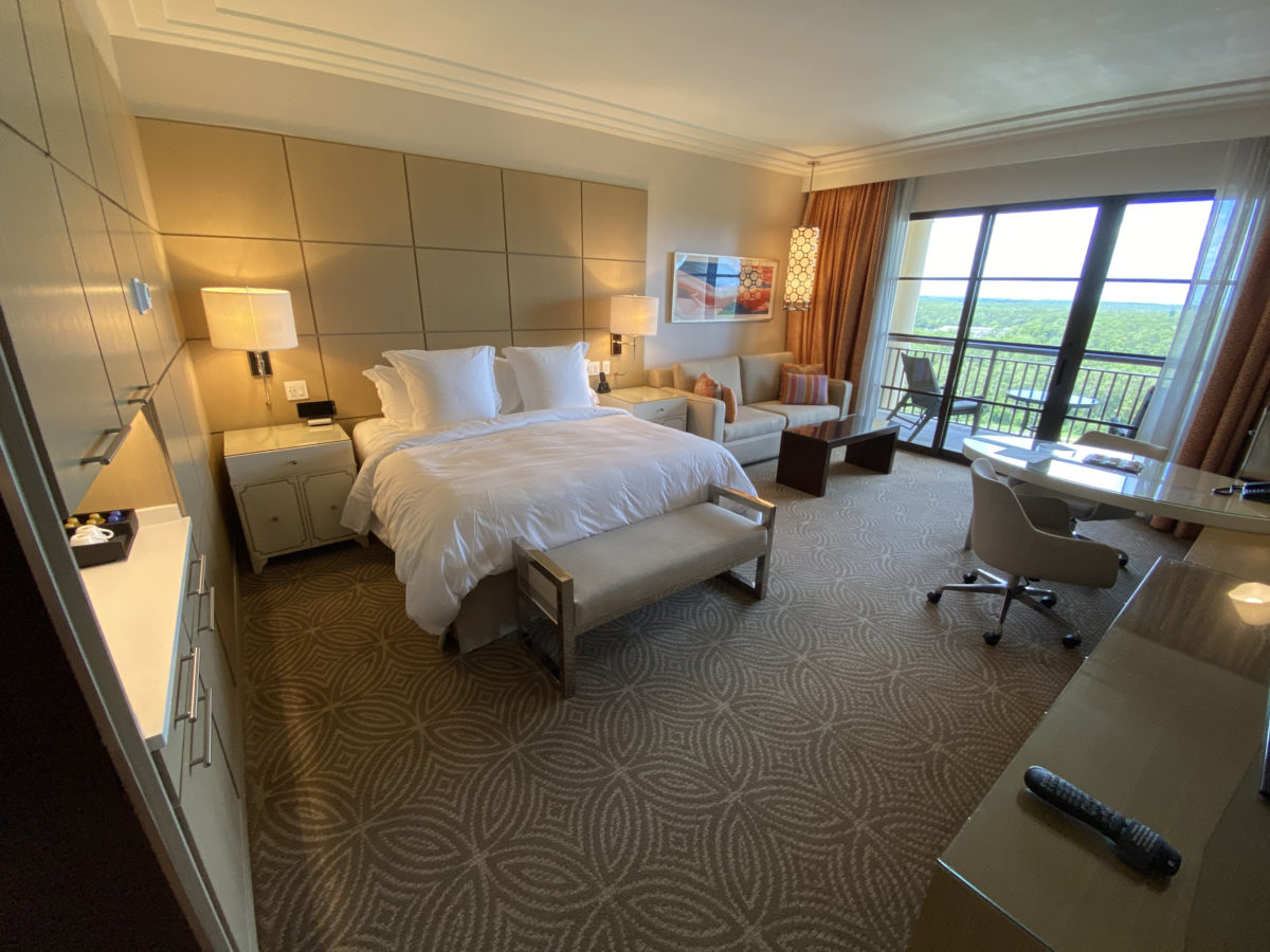 Deluxe Lake View Room Tour at Four Seasons July 29, 2020
