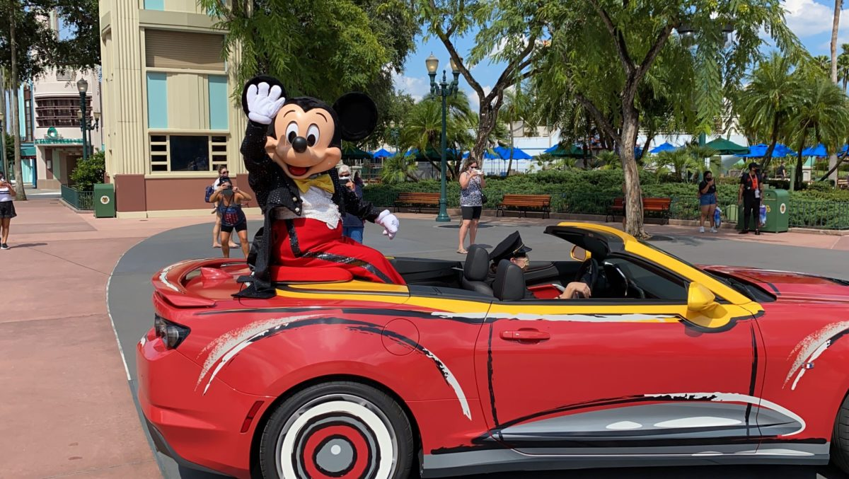 mickey hollywood studios calvacade