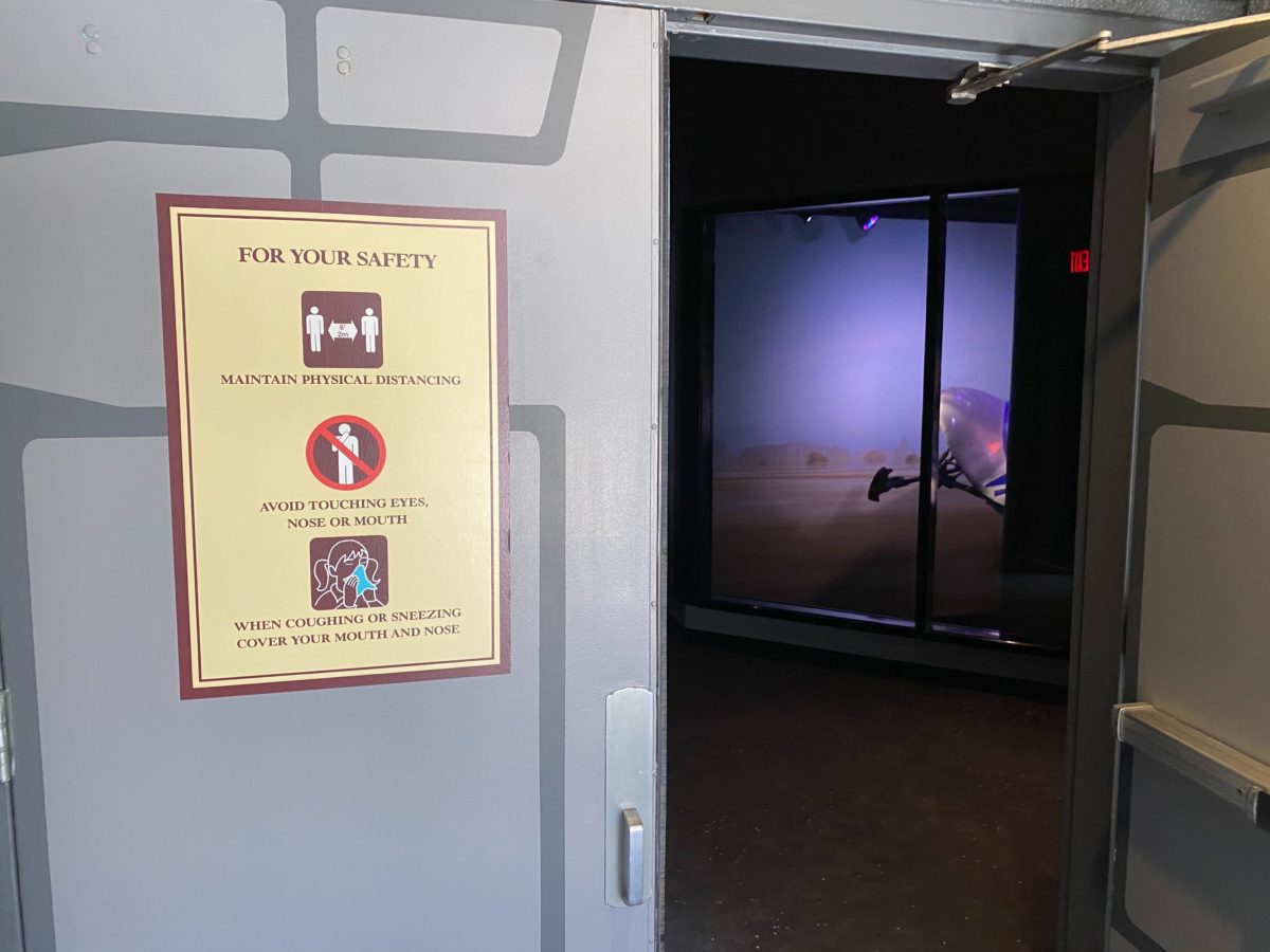 launch bay relaxation station hollywood studios