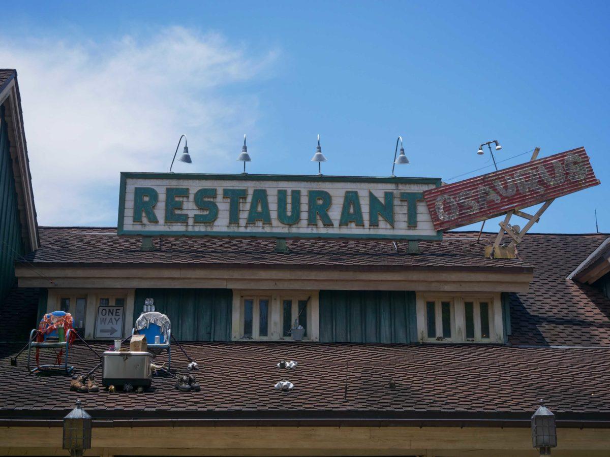 restaurantosaurus sign